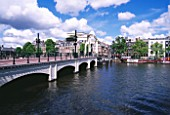AMSTERDAM: BRIDGE OVER CANAL