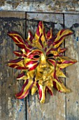 BOONSHILL FARM AT CHRISTMAS: DECORATIVE CARNIVAL MASK FROM VENICE. DESIGNER: LISETTE PLEASANCE