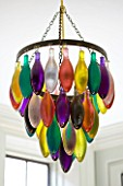 ARCHITECT CHRIS DYSONS HOUSE: THE LIVING ROOM - CHANDELIER WITH COLOURED GLASS