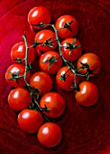 ORGANIC RED TOMATOES. VEGETABLE  HEALTHY EATING  HEALTHY LIVING