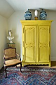 DESIGNER: ANNE FOWLER - MASTER BEDROOM - YELLOW WARDROBE AND BUST