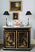 DESIGNER JANE CHURCHILL : THE DRAWING ROOM - CHINOISERIE CHEST OF DRAWERS THAT BELONGED TO JANES HUSBAND - BLACK LAMPSHADES