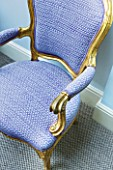 DESIGNER JANE CHURCHILL : CHAIR IN THE LOUIS QUINZE STYLE UPHOLSTERED WITH TISSUS DHELENE PRINTED COTTON