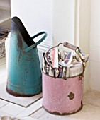 AMANDA KNOX HOUSE  GRANTHAM: THE WHITE SITTING ROOM - VINTAGE ENAMEL COAL SCUTTLE IN TURQOISE AND PEELING PINK BUCKET FOR NEWSPAPER KINDLING   BY FIREPLACE