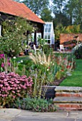 ULTING WICK  ESSEX - THE GARDEN IN AUTUMN - VIW TOWARDS THE GREENHOUSE