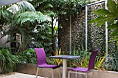 COURTYARD GARDEN AT THE HOLIDAY INN  RUE DANTON  PARIS: DESIGNERS ERIC OSSART AND ARNAUD MAURIERES: