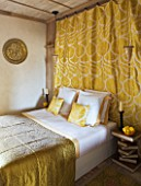 CHATEAU DU RIVAU  LOIRE VALLEY  FRANCE: GOLD THEMED BEDROOM