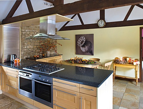 RICKYARD_BARN_HOUSE__OXFORDSHIRE_DESIGNERS_JANE_AND_CLIVE_NICHOLS_KITCHEN_WITH_SEPIA_TONE_PHOTO_CANV