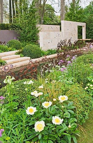 CHELSEA_2012__ANDY_STURGEON_GARDEN_FOR_M__G_INVESTMENTS__PEONY_CLAIRE_DE_LUNE_IN_FOREGROUND_WITH_LIM