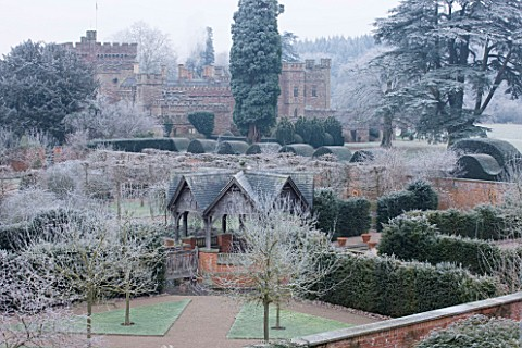 HAMPTON_COURT_CASTLE_AND_GARDENS__HEREFORDSHIRE_VIEW_FROM_THE_GOTHIC_TOWER_ACROSS_THE_WALLED_GARDEN_