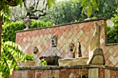 LA CASELLA, FRANCE: STONE, WALLS, TILES, TERRACOTTA, MEDITERRANEAN, FRENCH, FORMAL, SUMMER, PROVENCE, FOUNTAIN
