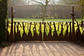 ANGLESEY ABBEY  CAMBRIDGESHIRE: UNUSUAL GATE BY JOHN CREED