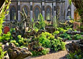 ARUNDEL CASTLE GARDENS, WEST SUSSEX: THE WALLED GARDENS: THE STUMPERY
