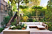 PRIVATE GARDEN LONDON: DESIGNER STEPHEN WOODHAMS - TOWN GARDEN - ROOF GARDEN WITH SEATING AND RAISED BED WITH PLATANUS X ACERIFOLIA  - CONTEMPORARY, MINIMAL, TRELLIS