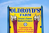 E OLDROYD & SONS, YORKSHIRE : SIGN SHOWING OLDROYDS AS BRITAINS FAMOUS RHUBARB PRODUCER