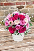 THE REAL FLOWER COMPANY: BEAUTIFUL ROSES IN SHADES OF PINK, DISPLAYED IN WHITE PORCELAIN VASE. ROSA KATE, MIRANDA, JULIET AND KIERA. PRETTY, VINTAGE,SHABBY CHIC,ARRANGEMENT