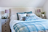 THE COACH HOUSE,SURREY: GUEST BEDROOM WITH BLANKET FROM NEPTUNE, CUSHIONS FROM HUDSON HOMES & INTERIORS. NEUTRAL DECOR.