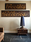 THE FREETH, HEREFORDSHIRE: LOUNGE - FREETHS TOFFERIES SIGN ON WALL