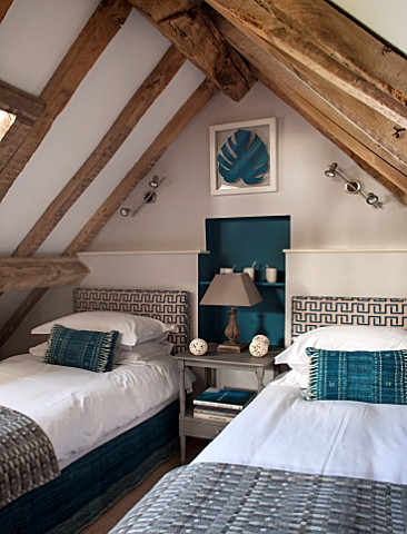 THE_FREETH_HEREFORDSHIRE_TWIN_JADE_BEDROOM_BEDS_JADE_WALL_PAINT_HEADBOARD_CUSHIONS_THROW_BEDSIDE_TAB