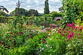 HAMPTON COURT CASTLE, HEREFORDSHIRE: THE KITCHEN GARDEN:  JULY, SUMMER, DAHLIAS, SWEET PEAS, ZINNIAS, BORDERS