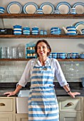 ALHAM FARM, SOMERSET: CORNISHWARE - TRADITIONAL FARMHOUSE KITCHEN IN BLUE AND CREAM,  - KARINA RICKARDS, ENGLISH, COUNTRY, COTTAGE, CLASSIC