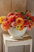 FLOWERS FROM THE FARM, MARBURY HALL, DESIGNER SOFIE PATON-SMITH: FLOWER ROOM - CONSTANCE SPRY VASE WITH DAHLIAS. CUT FLOWERS, CUTTING, DISPLAYS