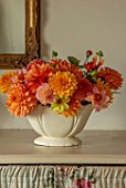 FLOWERS FROM THE FARM, MARBURY HALL, DESIGNER SOFIE PATON-SMITH: FLOWER ROOM - CONSTANCE SPRY VASES WITH DAHLIAS. CUT FLOWERS, CUTTING, DISPLAYS