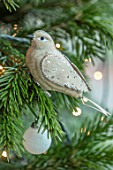 GIBBONS CROFT, WEST CLANDON, SURREY: CHRISTMAS TREE DECORATION, DECORATIVE DOVE, NORDIC, SCANDINAVIAN