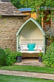 ADAMS POOL, GLOUCESTERSHIRE: COVERED SEAT, BENCH, CUSHIONS, PLACE TO SIT, WALLS, SEATING