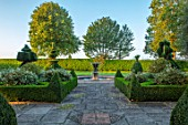 MITTON MANOR, SHROPSHIRE: FRONT GARDEN. BOX HEDGES, LAWN, FOUNTAIN, TREES, FORMAL, ENGLISH, COUNTRY, GARDENS